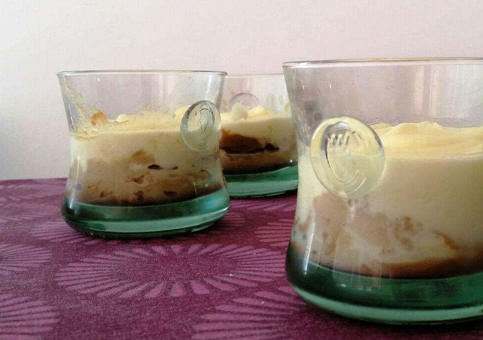 vasitos de manzana y mascarpone